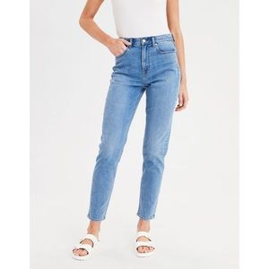 AEO Mom Jeans High Rise Ankle Length Light Wash